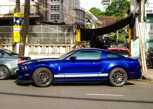 ford-shelby-gt500-3-1373624903_500x0.jpg