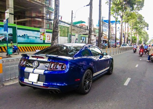 ford-shelby-gt500-5-1373624903_500x0.jpg