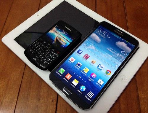 Galaxy-Mega-1373967810_500x0.jpg