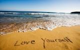 """Đừng """"hà tiện"""" tình yêu với bản thân"""