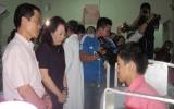 Đề nghị hỗ trợ con trai chủ tịch huyện Trường Sa trị bệnh hiểm nghèo