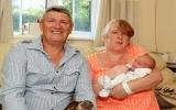 Sinh con 15 tiếng sau khi biết có thai