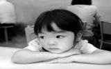 Giúp con trẻ vượt qua biến cố ly hôn