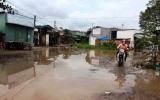 Dân khổ vì đường biến thành sông!