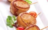 Thịt xông khói cuộn nướng xiên