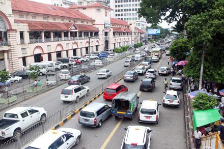Với 80 triệu dân, Myanmar đang là thị trường đầy tiềm năng cho các hãng ôtô trên thế giới