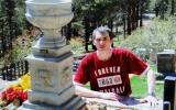 Vòng quanh thế giới để thăm mộ người nổi tiếng