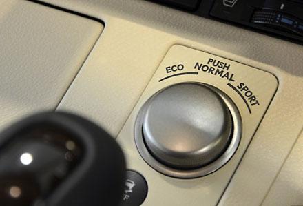ES 2013 sẽ là mẫu Lexus chính hãng đầu tiên tại Việt Nam?