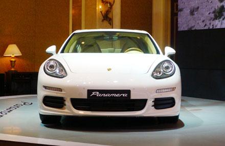 Porsche Panamera thế hệ thứ hai chính thức có mặt tại Việt Nam