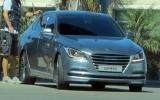 Hyundai Genesis sedan 2015 bất ngờ lộ diện