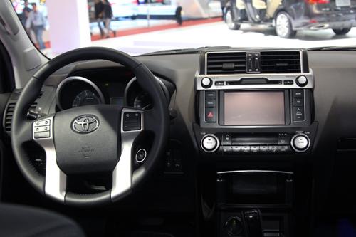 Toyota-Land-Cruiser-2014-3-1263-13828057