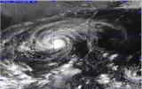 Siêu bão Haiyan vào gần đất liền, Đà Nẵng gió giật cấp 6