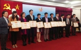 Hội Doanh  nhân trẻ Bình Dương: Đón nhận Cờ thi đua xuất sắc năm 2013
