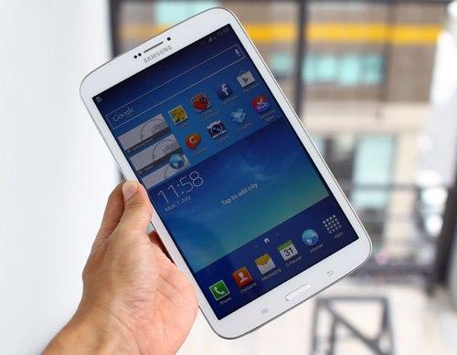Galaxy Tab 3 8.0. Ảnh: Tuấn Hưng.