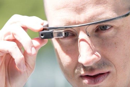 google-glass-3554-1388478569.jpg