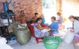 Làng nghề truyền thông sản xuất bánh tráng Phú An: Bao giờ trở lại ngày xưa?