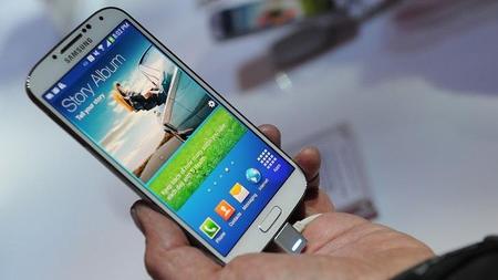 "Google, Samsung bất ngờ bắt tay ""chống đỡ"" Apple"