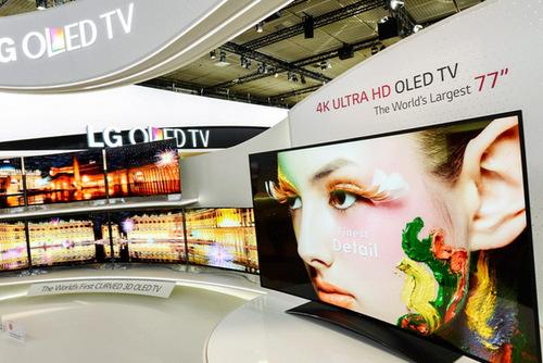 LG chuẩn bị đưa về Việt Nam TV OLED cong với màn hình Ultra HD lên tới 77 inch.