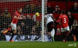 Football: Bent stuns Old Trafford as United slump again