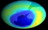 Tìm ra 4 loại khí mới gây thủng tầng ozone