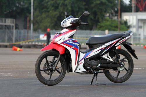 New-Honda-Blade-125-FI-016-2453-13962327