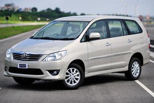 New-2012-Toyota-Innova-front-angle1-1374