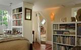 Những kiểu tủ sách lý tưởng trong phòng ngủ