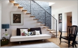 Làm đẹp cho tường dọc cầu thang
