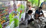 Người dân Bát Tràng làm cúp vàng World Cup