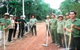 """Hội Cựu chiến binh xã Tân Thành, huyện Bắc Tân Uyên:  Tự quản các tuyến đường """"sáng, xanh, sạch"""""""