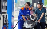 Đi xe máy thế nào để tiết kiệm xăng?