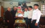 Ban Tôn giáo tỉnh:  Thăm và tặng quà các trường Phật học