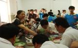 Duy trì bữa ăn tình thương tại Tỉnh Hội người mù