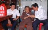 TX.Thuận An: Thăm, tặng quà gia đình thương binh, liệt sĩ