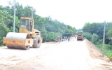 Huy động nhiều nguồn lực xây dựng giao thông nông thôn