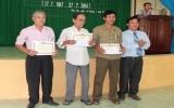 Phường Phú Thọ, TP.TDM  tặng 245 phần quà cho các đối tượng chính sách