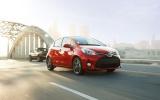 Toyota Yaris 2015 nâng cấp giá từ 14.800 USD