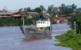 Tổ quốc bên bờ sóng : Ký ức một chuyến tàu không số
