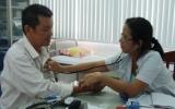 Sốt xuất huyết thể nhẹ có thể điều trị ngoại trú