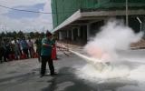 Huấn luyện nghiệp vụ PCCC cho nhân viên bảo vệ Trung tâm hành chính tỉnh