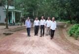 Bàu Bàng:  Nông dân góp sức