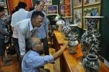 Câu lạc bộ cổ vật TX.Thuận An: Nơi giữ gìn những giá trị cổ xưa