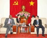 Phó Chủ tịch Thường trực UBND tỉnh Trần Văn Nam tiếp và làm việc với Đoàn Tổng Lãnh sự Anh tại TP.Hồ Chí Minh
