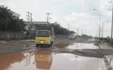 Đường N14, KCN Viet R.E.M.A.X hư hỏng nặng!