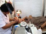 Để tránh mù lòa bởi bệnh Glôcôm: Cần kiểm tra mắt định kỳ để phát hiện, điều trị kịp thời