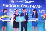 Cửa hàng Piaggio Công Thành tặng 10 triệu đồng ủng hộ công tác cộng đồng