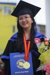 Đặng Nguyễn Thanh Loan: Hai lần đạt thủ khoa