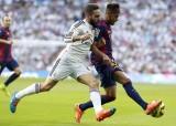 Hàng thủ khiến Barca thảm bại tại Bernabeu