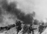 """Quân đoàn 4 - """"Quả đấm thép"""" phía Nam: Mỹ bỏ rơi Thiệu"""
