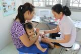 Chiến dịch tiêm vắc xin sởi - rubella đợt 1: Một số địa phương đã đạt kế hoạch
